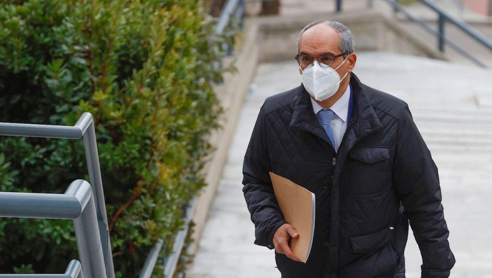 El ex consejero de Educación Rafael Van Grieken a su llegada este lunes a la Audiencia de Madrid