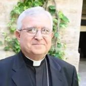 El obispo de Orihuela-Alicante niega trato de favor al vacunarse contra la Covid y renuncia a la segunda dosis
