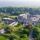 Vista aérea del castillo donde estudiará la princesa Leonor en Gales