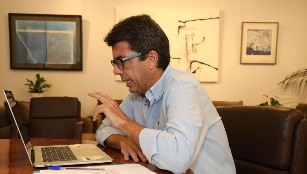 Carlos Mazón durante la reunión telemática