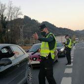Valdés finaliza el domingo el cierre perimetral al experimentar mejoría, primer concejo de Asturias en conseguirlo a la primera.