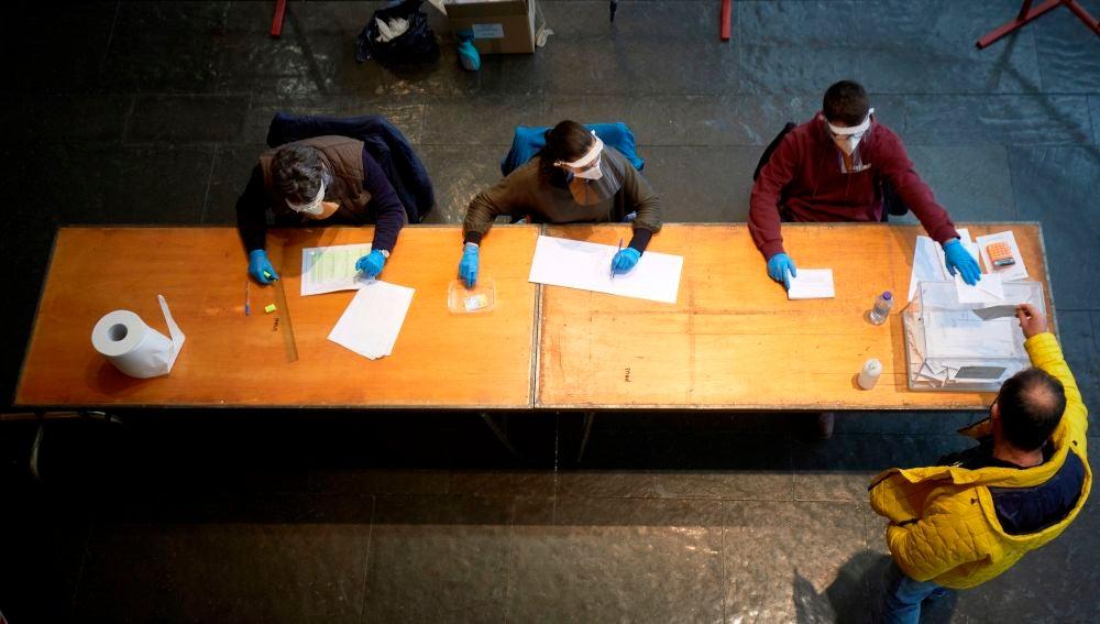 Récord de abstención en las elecciones de Cataluña: estos han sido los datos de participación