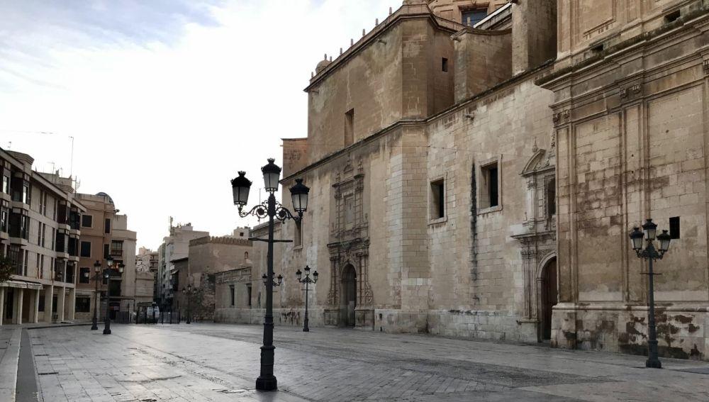 Plaza del Congreso Eucarístico de Elche.