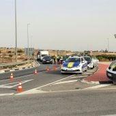 Control de la Policía Local durante el cierre perimetral de Elche por la covid-19.