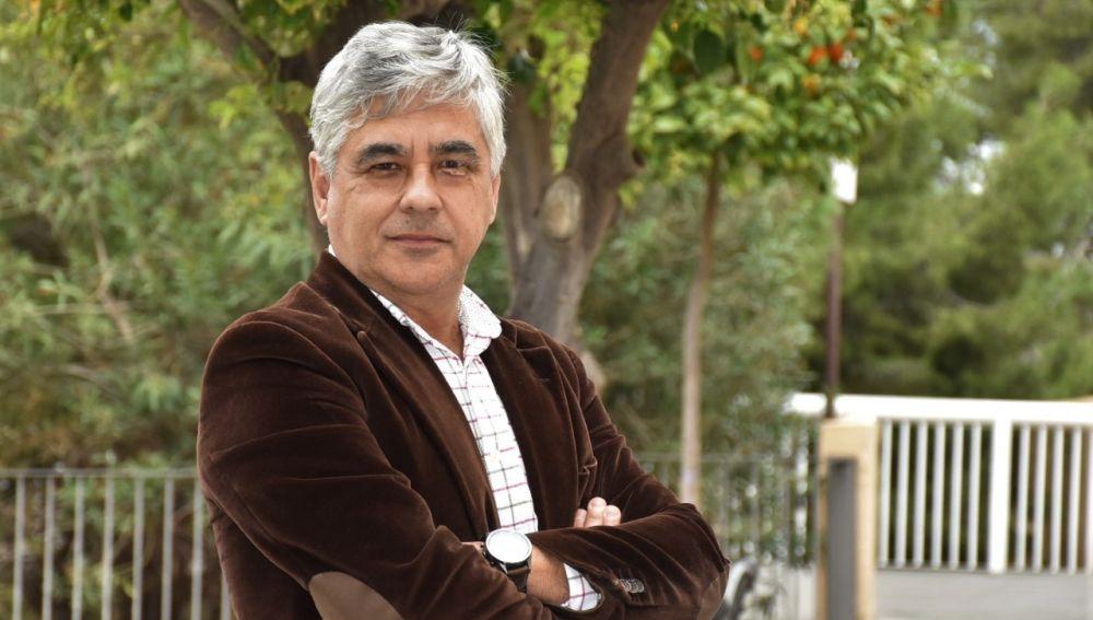 Francisco Escudero, director de la UNED de Elche.