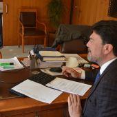 El alcalde Luis Barcala preside el Pleno extraordinario telemático
