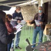 Xuan Valladares reunido en Pancar con voluntarios.