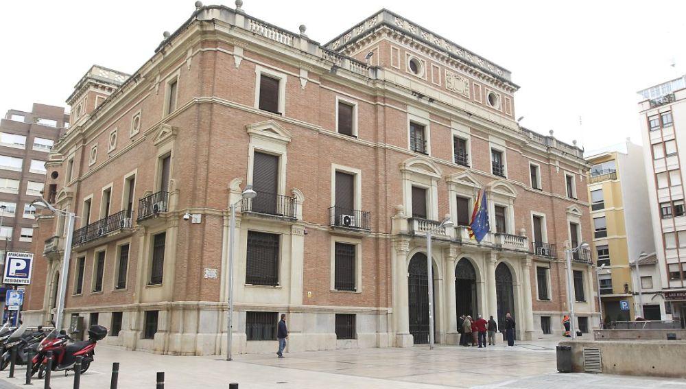 Bankia deberá pagar a la Diputación 316.000 euros por unas preferentes de la herencia de Francisco Esteve