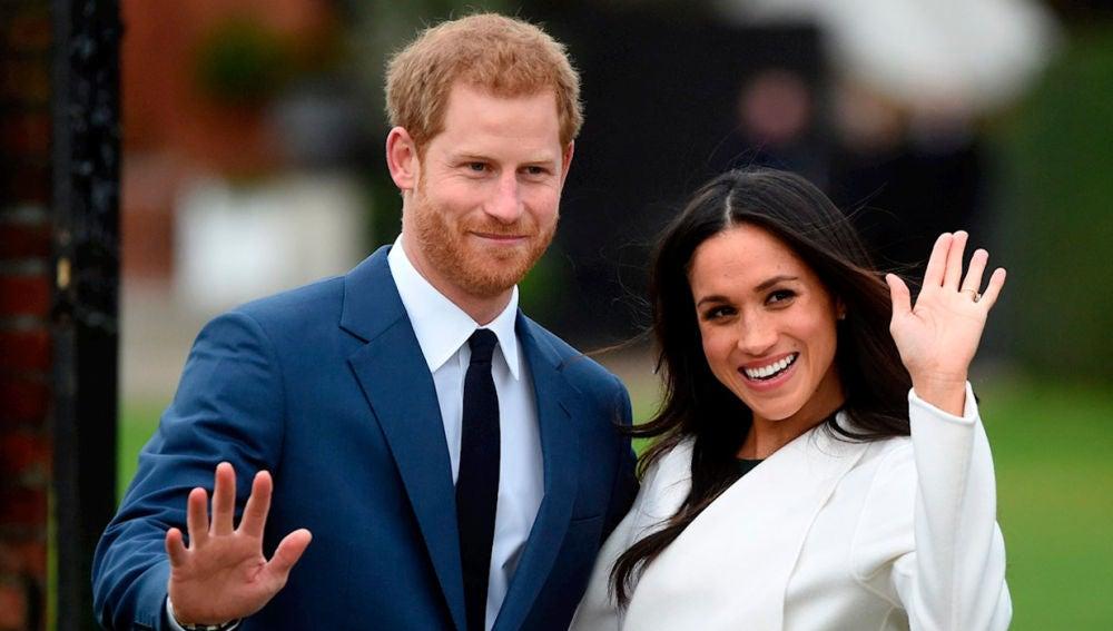El príncipe Harry y Meghan Markel no volverán a trabajar para la Casa Real británica