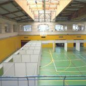El pabellón del polideportivo Germans Escales de Palma se prepara para la vacunación masiva contra el coronavirus.
