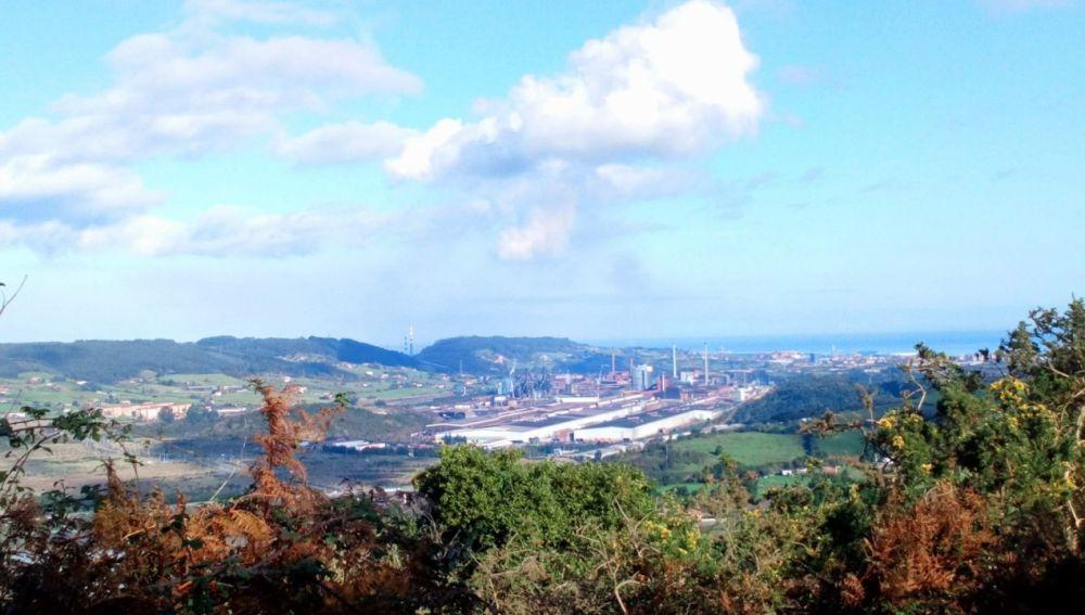 Paro y concentración por la muerte de un operario de Arcelor en Avilés