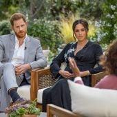 El príncipe Harry y Meghan Markle en su entrevista con Oprah Winfrey