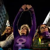Mujeres en la manifestación del 8M en Madrid en 2020