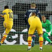 Keylor detiene el penalti a Messi