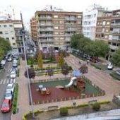 El Ayuntamiento de Badajoz invertirá alrededor de 12 millones de euros este 2021 en actuaciones de acerado, asfaltado y bacheado en la ciudad.