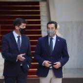 Juanma Moreno (PP) y Juan Marín (Ciudadanos), este miércoles, en el Parlamento andaluz