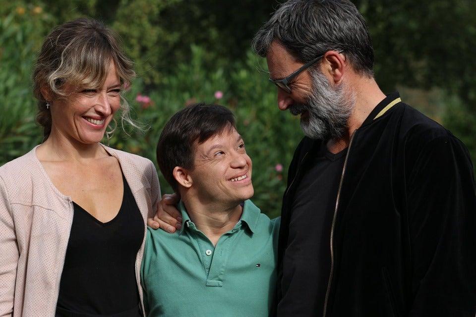 Marta Larralde llora la muerte de Guillem Jiménez en la presentación de ' Olvido y León' | Onda Cero Radio