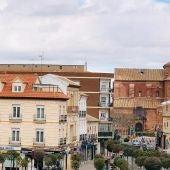 Cortado al tráfico el acceso a la Plaza de España por Santa Quiteria