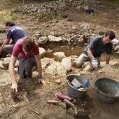 El equipo durante las labores de excavación en Antrialgo