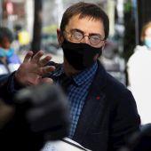 Juan Carlos Monedero a su llegada al juzgado de plaza de Castilla donde ha acudido a declarar