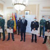 Miembros del Cuerpo Nacional de Policía y de la Guardia Civil reciben en Palencia las medallas al Mérito de Protección Civil