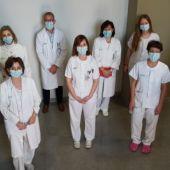 Genetistas, oncólogos, fermacéuticos y técnicos de laboratorio trabajan para personalizar el tratamiento contra el cáncer