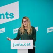 Elsa Artadi, vicepresidenta y portavoz de JxCat, durante una rueda de prensa