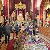 Virgen del Rocío de Málaga tras Jesús en los pasos del Monte Calvario
