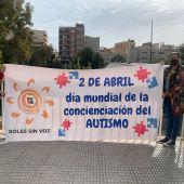 Pancarta  con motivo del Día Mundial del Autismo