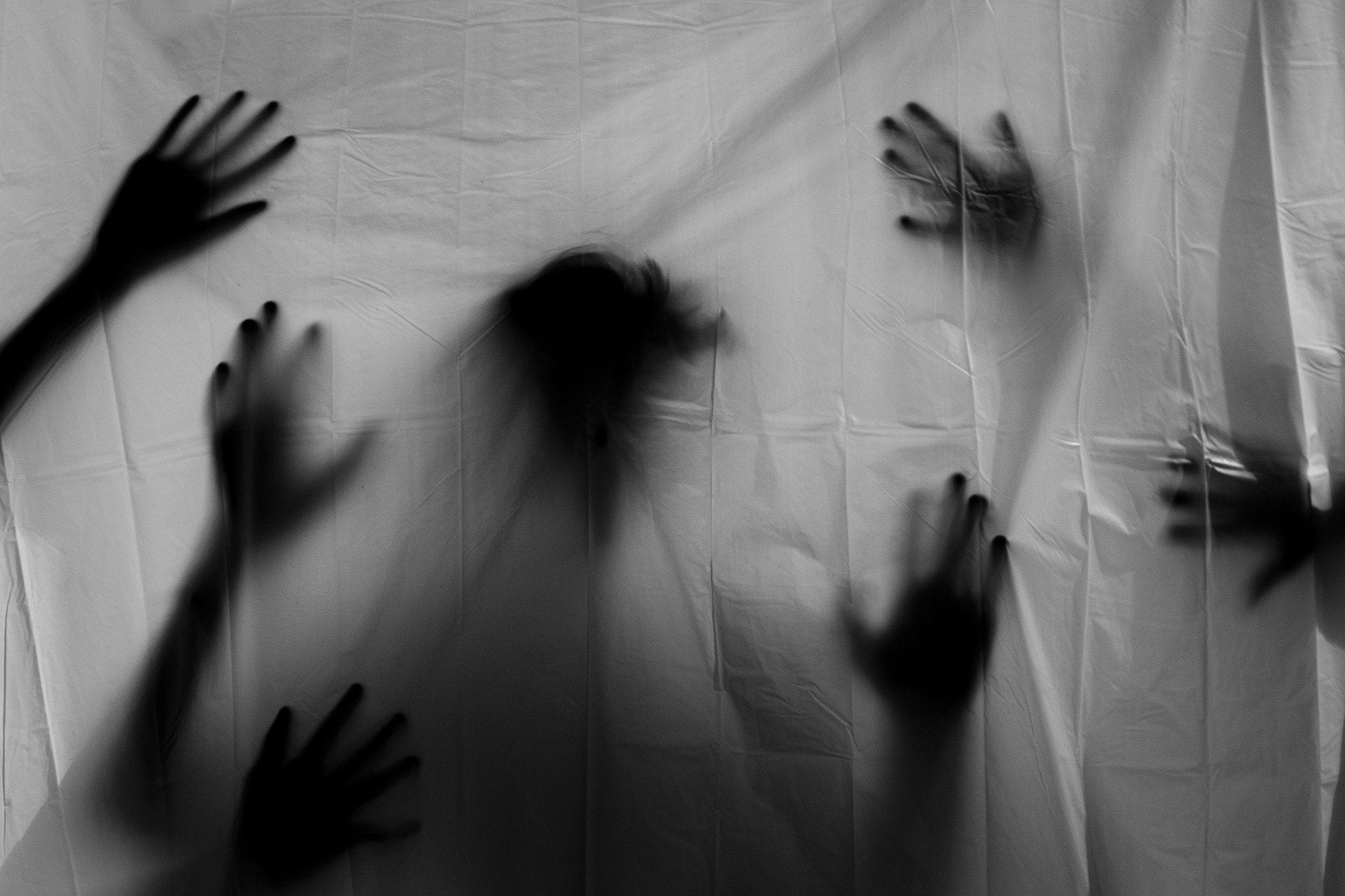 El Círculo Secreto: Philip, un fantasma inventado