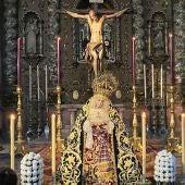 La Cofradía de Dolores de San Juan presiden su Iglesia el Viernes Santo