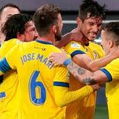 Jugadores del Cádiz celebrando un gol