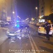 Momento del accidente con los dos vehículos implicados en el suceso