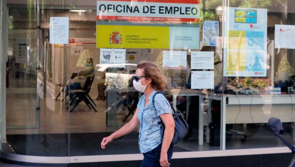 Galicia é a segunda comunidade con maior caída do paro