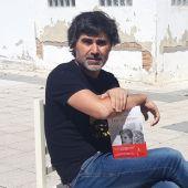 Pedro Simón presenta su novela 'Los ingratos'