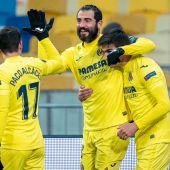 Raúl Albiol celebra su gol en Kiev
