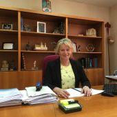 La alcaldesa de Albatera, Ana Serna, ha informado que el Ayuntamiento de Albatera ha conseguido no tener deuda