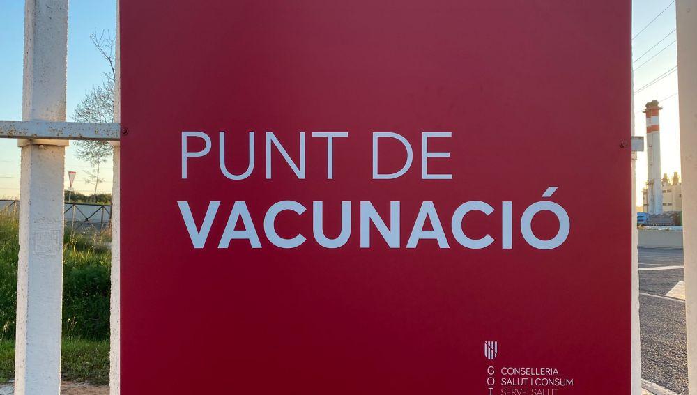 Las modificaciones en el criterio de vacunación con AstraZeneca dejan a un centenar de pitiusos sin vacunar
