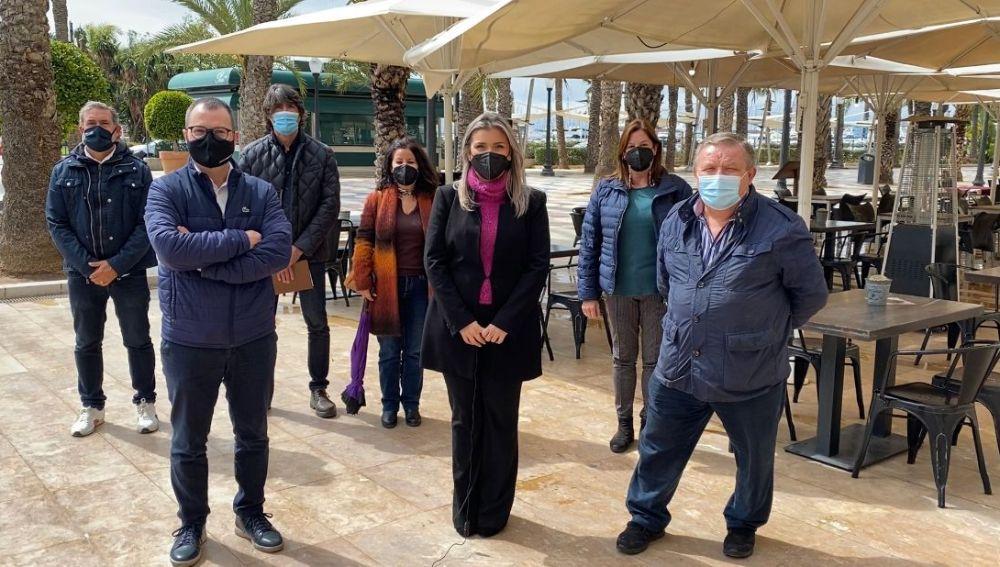 La vicealcaldesa, Mari Carmen Sánchez, con el sector de la hostelería, restauración y ocio