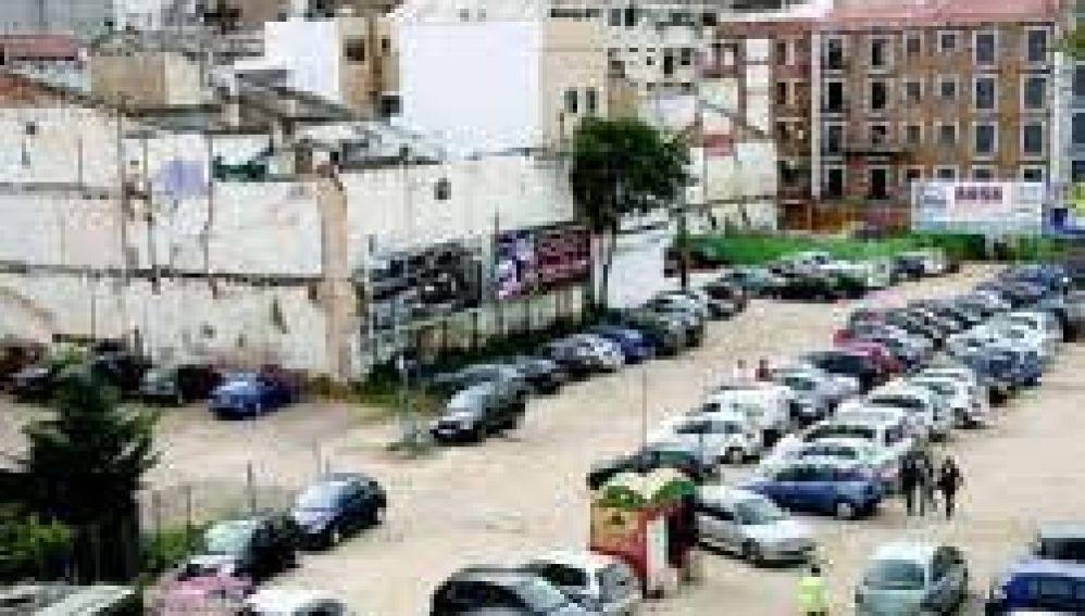 """Los abogados de Adeba acusan al Ayuntamiento de Badajoz de rescindir """"de forma arbitraria"""" el acuerdo entre ambos"""