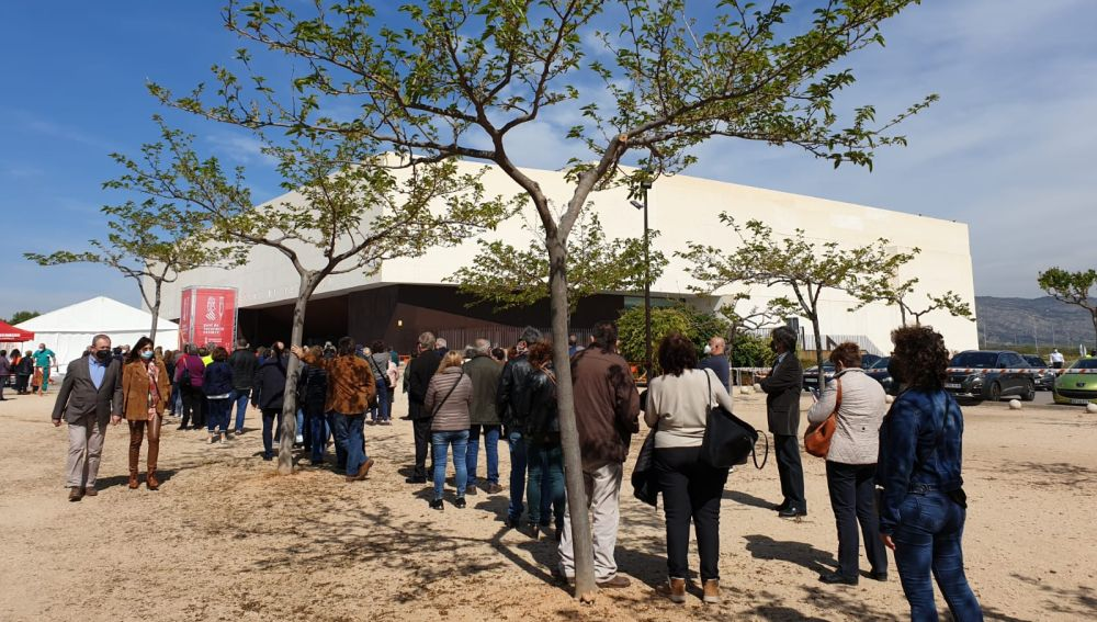 Arranca la vacunación masiva en el Auditorio de Castellón