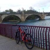 Bicicleta en el Ebro