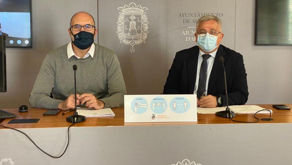 Los portavoces del equipo de gobierno Manuel Villar y Antonio Manresa