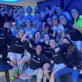Marbella FC en el vestuario tras la victoria