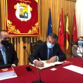 Enrique López visita el Colegio de Abogados de Alcalá de Henares