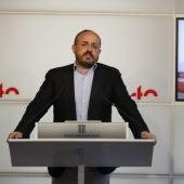 Alejandro Fernández (PP), en una compareixença al Parlament.