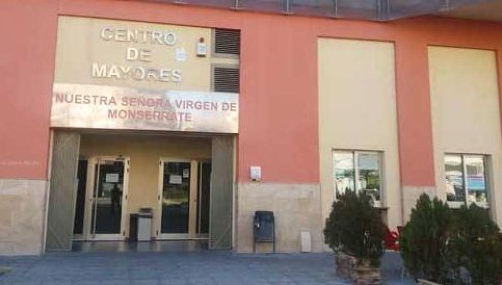 Ha pasado ya un año desde que los centros de mayores del municipio de Orihuela cambiaban su forma de trabajar, por culpa de la pandemia del COVID-19