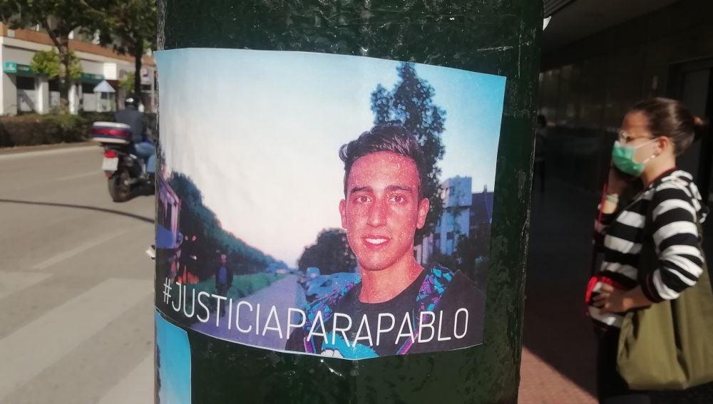 Uno de los carteles en los que se pide justicia para Pablo Podadera
