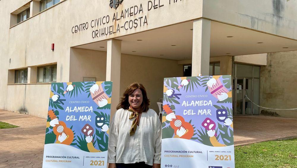 Una programación similar a la que se está desarrollando trimestralmente en la Biblioteca María Moliner de Orihuela y que contempla talleres, cuentacuentos, teatros...