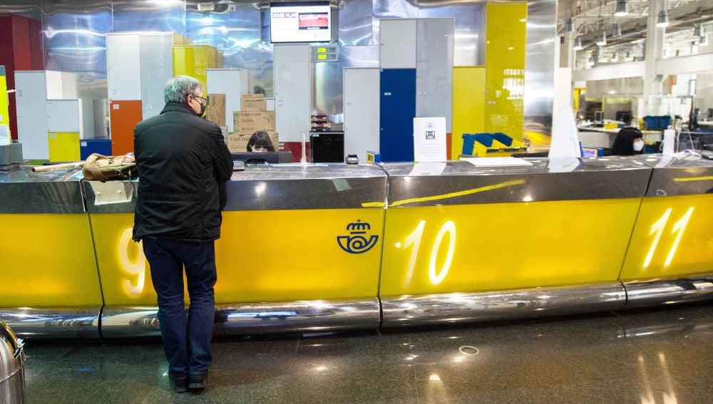 Hoy es el último día para solicitar el voto por correo en las elecciones madrileñas